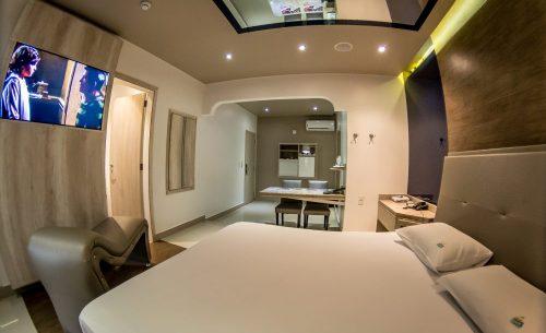 Conheça a suíte Caribe e garanta a sua reserva já no Caribe Motel!