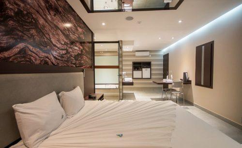 Conheça a suíte Hidro Super e garanta a sua reserva já no Caribe Motel!